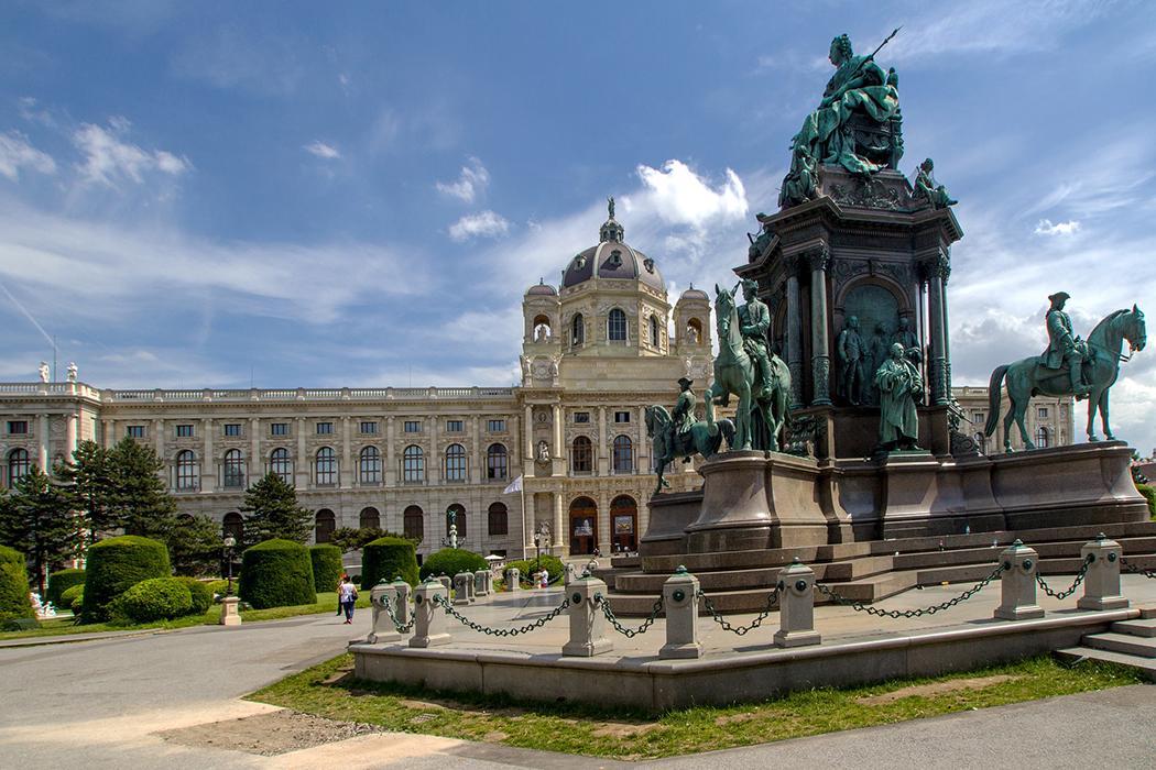Wien_CC0_Public_Domain_Pixabay_01