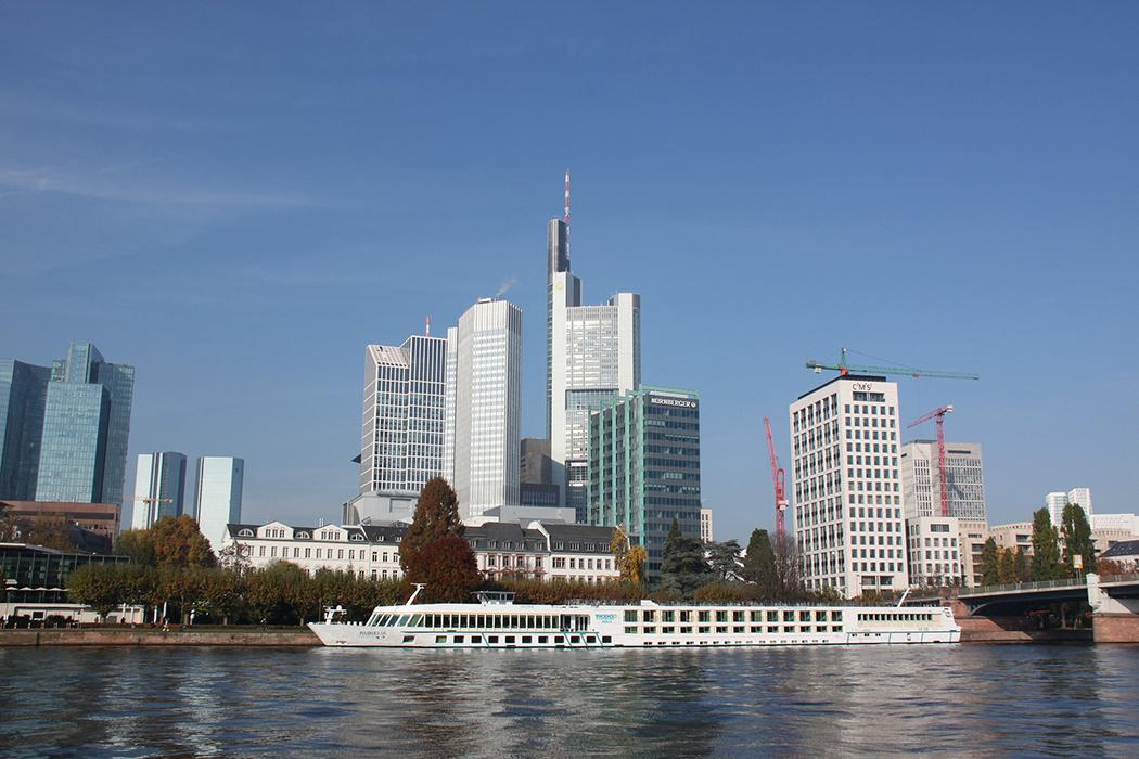 Frankfurt_CC0_Public_Domain_Pixabay_01